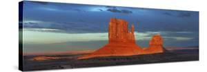 Monument Valley, Arizona by Frank Krahmer