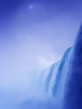Niagara Falls by Frank Krahmer