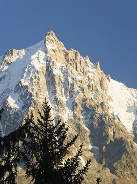 Aiguilles de Mont Blanc by Frank Lukasseck