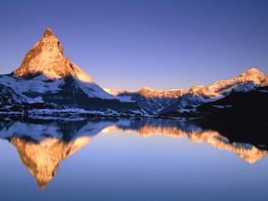 Matterhorn reflected in lake by Frank Lukasseck
