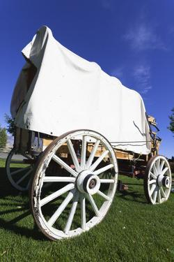 Old Kitchen Carriage, Carriage, Wild West, USA, Wyoming, Shell by Frank Lukasseck