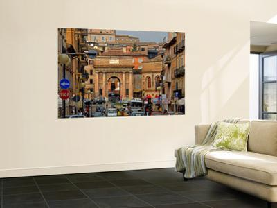 Corso Cairoli from the Modern Town to the Walled City of Macerata, Piazza Suaro
