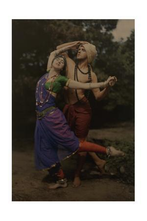 Modern Dance Pioneers Ted Shawn and Ruth St. Denis Perform in Costume