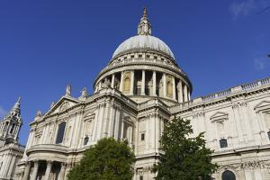 St. Paul's Cathedral, London, England by Fraser Hall