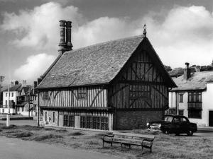 Aldeburgh Moot Hall by Fred Musto