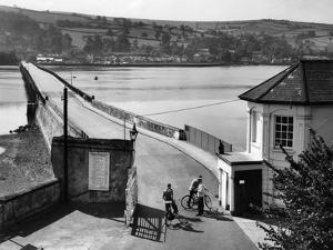 Teignmouth-Shaldon Toll by Fred Musto