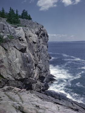 Great Head Cliff at Acadia National Park, Maine by Frederic Lewis