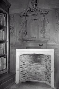 Overmantel, the Perne Library by Frederick Henry Evans