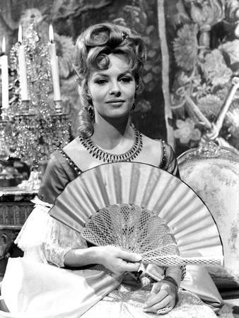 https://imgc.allpostersimages.com/img/posters/french-actress-michele-mercier-shooting-a-scene-of-the-movie-angelique-and-the-king-1965-b-w-ph_u-L-Q1C3H2B0.jpg?artPerspective=n