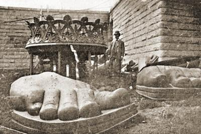 The Construction of the Statue of Liberty, Detail of the Feet, C.1876 by French Photographer