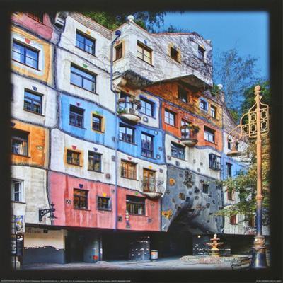 Hundertwasser-House, Vienna by Friedensreich Hundertwasser