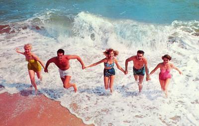 Frolicking in Waves, Retro