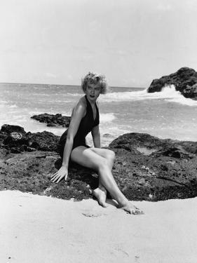 From Here to Eternity by FredZinnemann with Deborah Kerr (1921 - 2007), here 1953 (b/w photo)