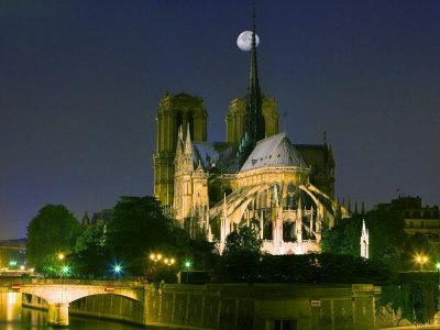 https://imgc.allpostersimages.com/img/posters/full-moon-over-notre-dame-cathedral-at-night-paris-france_u-L-P248PN0.jpg?p=0