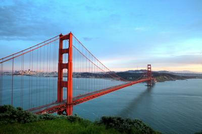 Golden Gate Bridge before Sunset by fuminana