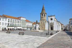 Church of St. John the Baptist and Republic Plaza, Tomar, Ribatejo, Portugal, Europe by G and M Therin-Weise