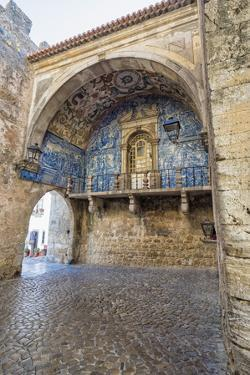Porta Da Vila Decorated with Azulejos, Obidos, Estremadura , Portugal, Europe by G and M Therin-Weise