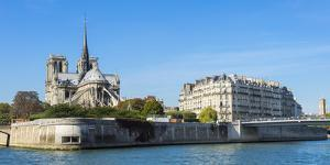 Notre-Dame Cathedral and Ile De La Cite, Paris, France, Europe by G & M Therin-Weise