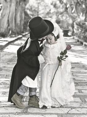 Wedding Kiss by Gail Goodwin