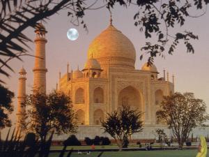 Taj Mahal, Agra, India by Gale Beery