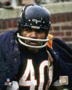 Gale Sayers Action