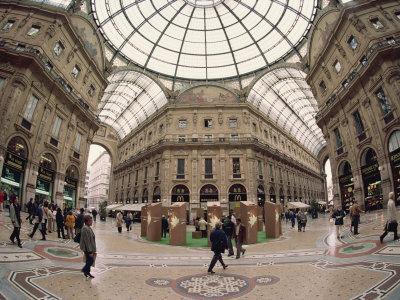 https://imgc.allpostersimages.com/img/posters/galleria-vittorio-emanuele-milan-lombardy-italy-europe_u-L-P7X7ZO0.jpg?artPerspective=n