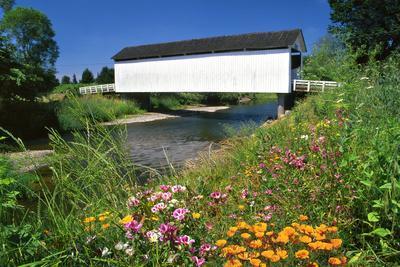 https://imgc.allpostersimages.com/img/posters/gallon-house-covered-bridge-over-abiqua-creek-oregon-usa_u-L-PN6VPW0.jpg?p=0