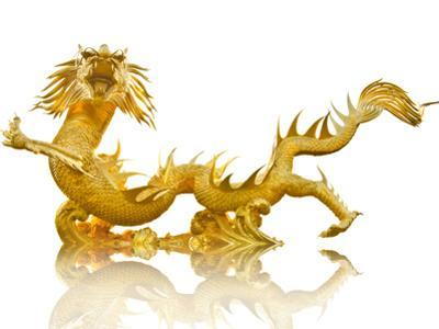 Giant Golden Chinese Dragon by Gamjai