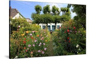 Garden with Country House in the Urban District of Blankenese, Hamburg, Germany