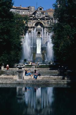 Gardens and Fountain at Villa Este