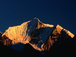 Dorje Lakpa, Langtang, Bagmati, Nepal by Gareth McCormack