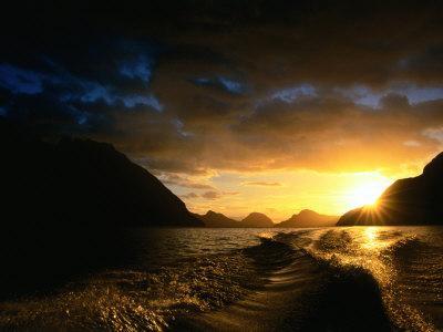 Sunrise Over Lake Manapouri, Fiordland National Park, Southland, New Zealand