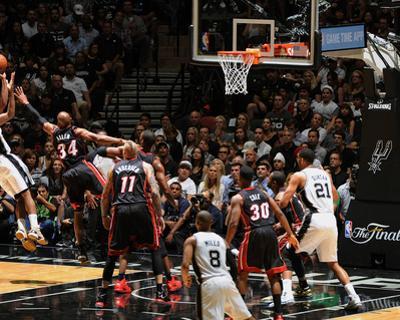 2014 NBA Finals Game Two: Jun 8, Miami Heat vs San Antonio Spurs - Kawhi Leonard, Ray Allen by Garrett Ellwood