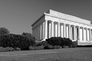 Lincoln Memorial by Gary Blakeley