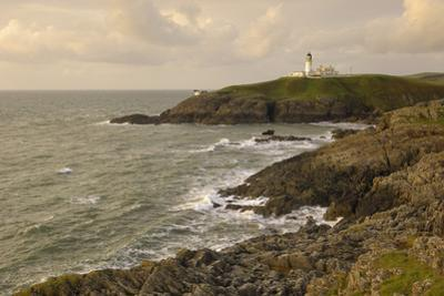 Killantringall Lighthouse, Near Portpatrick, Rhins of Galloway, Dumfries and Galloway, Scotland, UK by Gary Cook