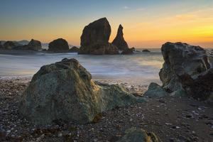 Usa, Oregon, Curry County, Coastal View by Gary Weathers