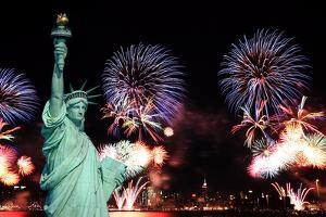 The 4Th of July Fireworks in Nyc by Gary718