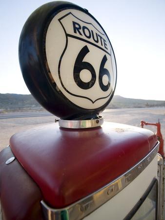 https://imgc.allpostersimages.com/img/posters/gas-pump-historic-route-66-arizona-united-states-of-america-north-america_u-L-PFNPNA0.jpg?p=0