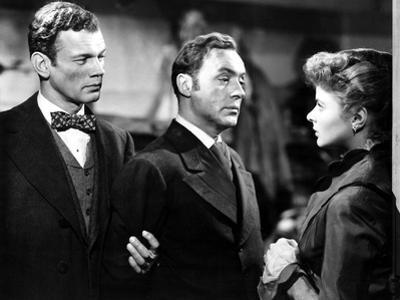 Gaslight, Joseph Cotten, Charles Boyer, Ingrid Bergman, 1944