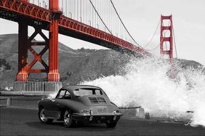 Under the Golden Gate Bridge, San Francisco (BW) by Gasoline Images