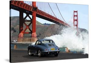 Under the Golden Gate Bridge, San Francisco by Gasoline Images