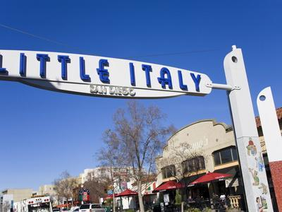 https://imgc.allpostersimages.com/img/posters/gateway-arch-in-little-italy-san-diego-california-united-states-of-america-north-america_u-L-PFNEES0.jpg?artPerspective=n