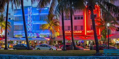 Art Deco District, Ocean Drive, South Beach, Miami Beach, Miami, Florida, USA by Gavin Hellier