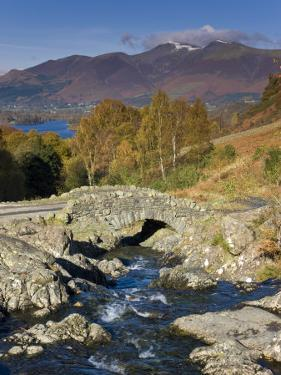 Ashness Bridge and Skiddaw Mountain Range, Lake District, Cumbria, England by Gavin Hellier