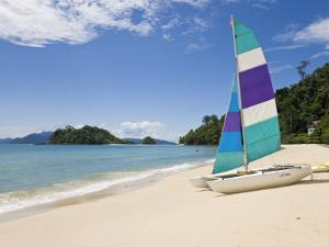 Beach, Pulau Datai, Pulau Langkawi, Langkawi Island, Malaysia by Gavin Hellier