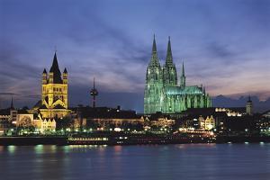 Cologne Skyline, Germany by Gavin Hellier