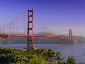 Golden Gate Bridge, San Francisco, California, USA by Gavin Hellier