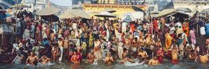 India Uttar Pradesh Varanasi (Benares) Religious Rites in the Holy Ganges by Gavin Hellier