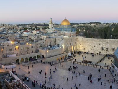 Jewish Quarter of Western Wall Plaza, Old City, UNESCO World Heritage Site, Jerusalem, Israel by Gavin Hellier