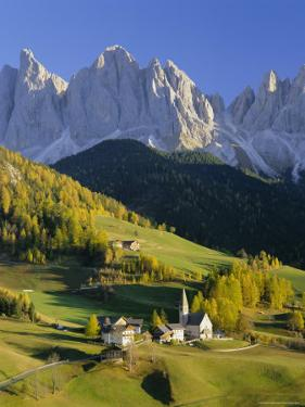 Mountains, Geisler Gruppe/Geislerspitzen, Dolomites, Trentino-Alto Adige, Italy, Europe by Gavin Hellier